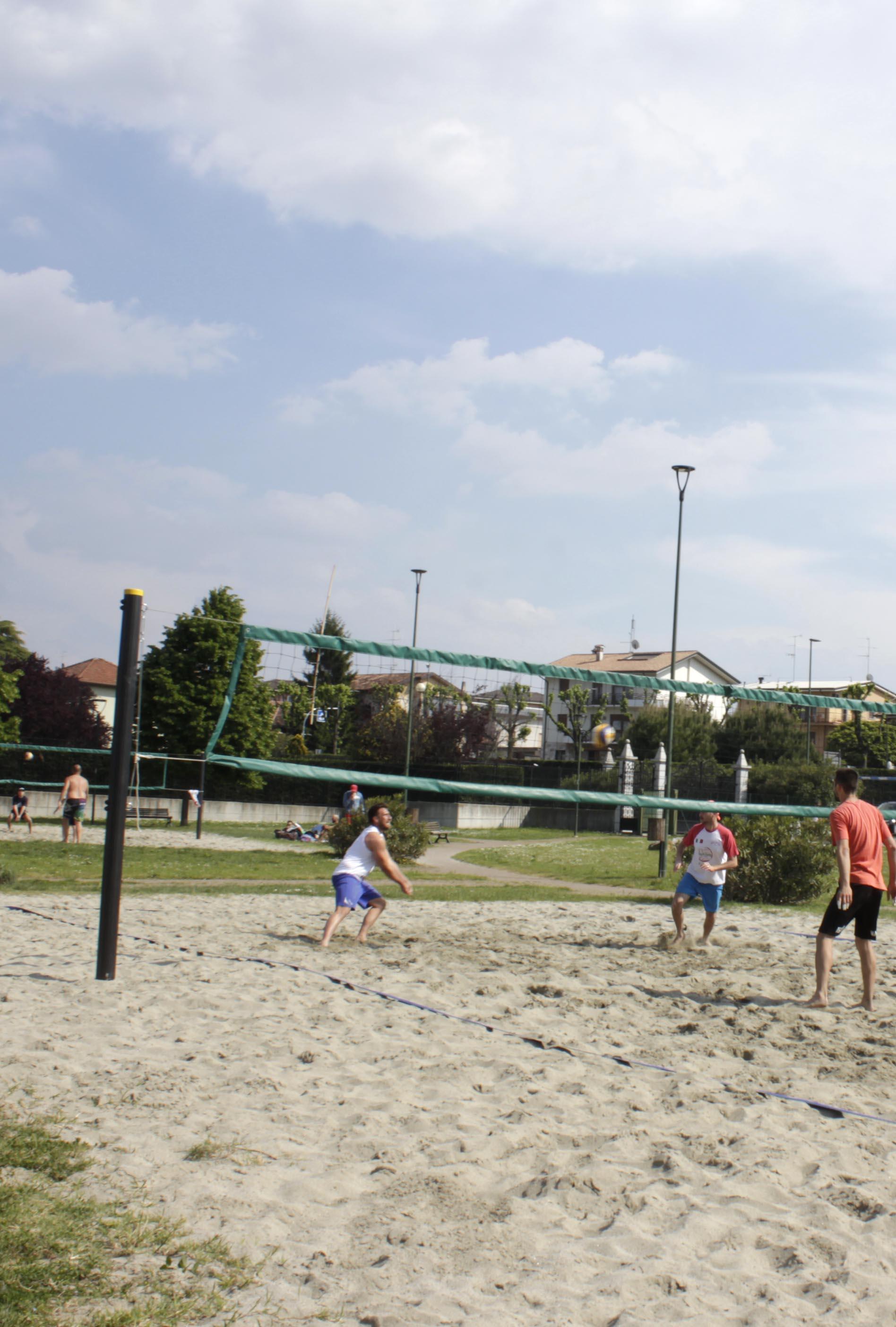 campi da beach volley in spiaggia d'oro
